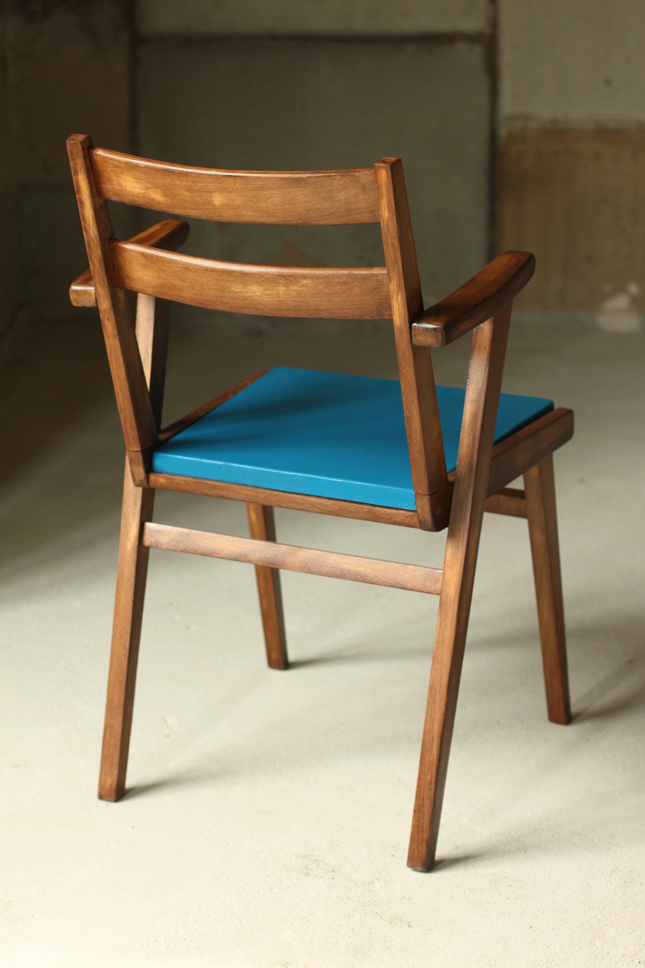 le petit fauteuil bleu de derri re les fagots. Black Bedroom Furniture Sets. Home Design Ideas